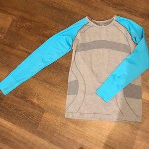 Tops - Outdoor activewear shirt